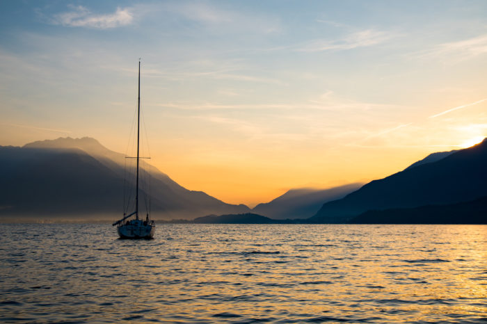 Sailing at Sunset: Aperitivo Gourmet on Board