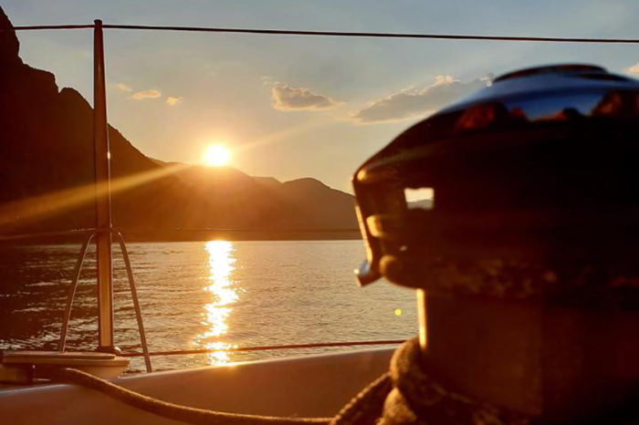 Sailing at Sunset on Lake Como: How to Escape from daily routine…